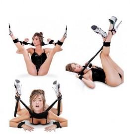 Oreiller-menottes de poignets et chevilles ecarteur de jambes