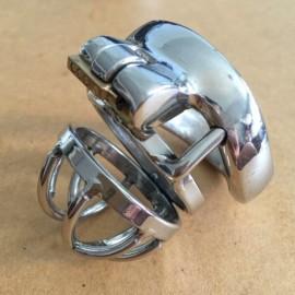 Cage de chastete en metal 4cm avec fermeture integree