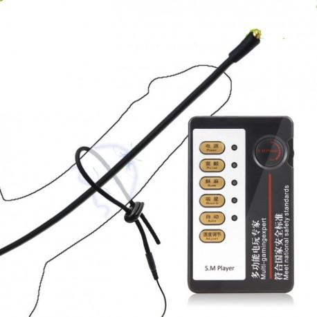Electro sexe avec un plug de pénis et un anneau de penis