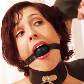Fire ball gag noir